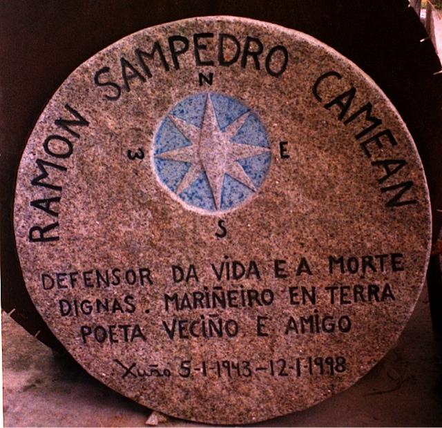 12 - Placa conmemorativa Ramón Sampedro - As Furnas (Xuño) - piedra granito