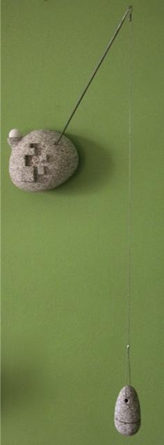 14 - Escultura colgante de pared 2 - piedra y acero inoxidable - 24x12x50cm aprox - Vendida