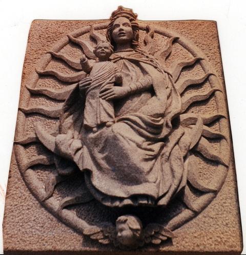 19 - Relieve barroco - piedra granito - 100x80x10cm - 1998
