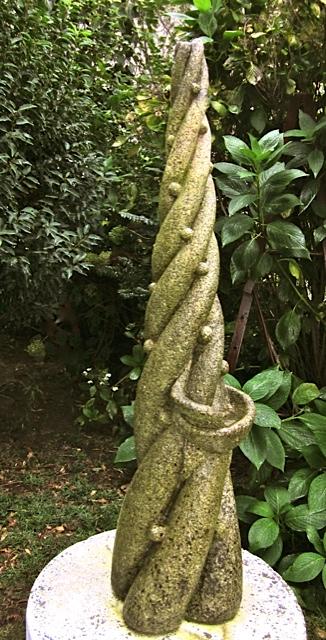 23 - Recoge rocío - piedra granito