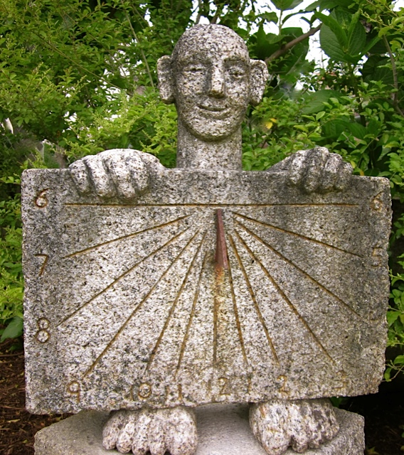 24 - Reloj de sol vertical Alejandro - piedra granito