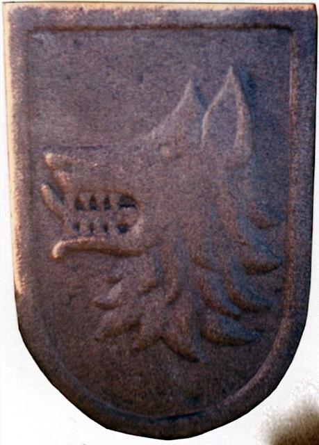 28 - Escudo Espiñeira. Boiro -piedra granito