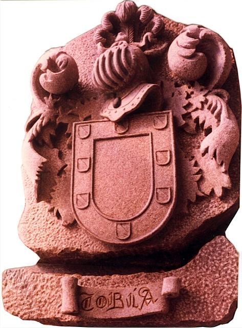 31 - Escudo Tobía - piedra granito