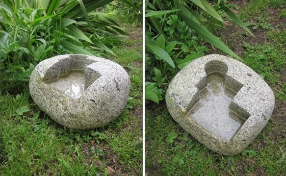 33- Bebedero baño para pájaros - piedra granito - 30x24x18cm - Precio 200,00 €