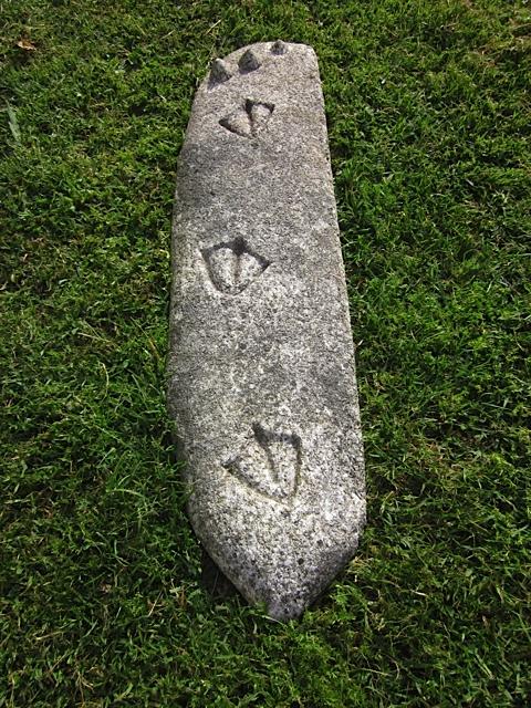 51 - Huellas de gaviota y lapas - granito con la pátina del tiempo