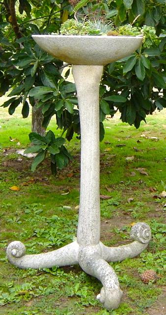 6 - Macetero - piedra granito