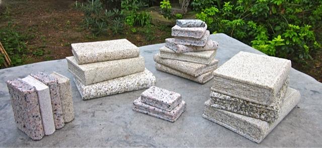 38 - Libros de piedra - Precio 20,00€ (pequeños), 30,00€ (grandes)