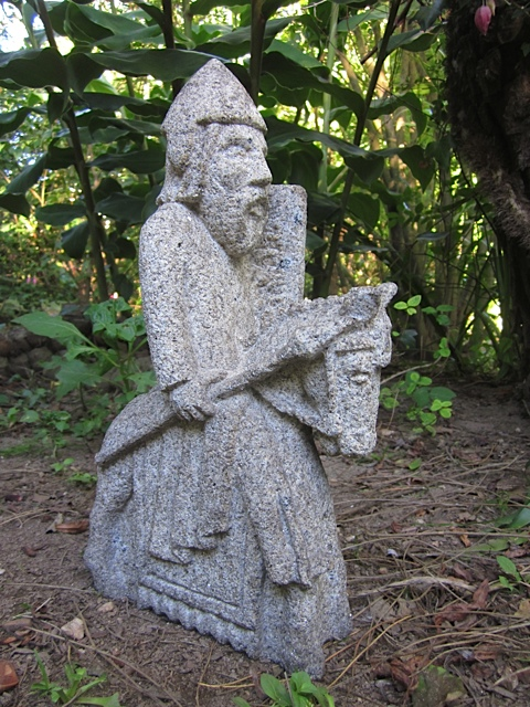 61 - Lewis chessman - piedra granito - 35x20x8cm - Precio 200,00€
