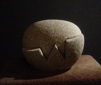 7 - Canto rodado de abrir - piedra granito - 33x28 x25cm - 2011