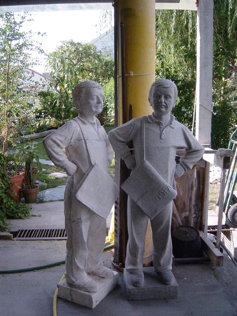 9 - Tuchiño - poliester y granito - 136x66x34cm (su talla real) - Salceda de Caselas